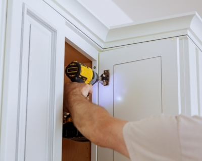 http://www.nashpainting.com/services/cabinet-painting